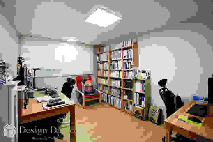 암사동 한강포스파크 25py 서재 스칸디나비아 서재 / 사무실 by Design Daroom 디자인다룸 북유럽