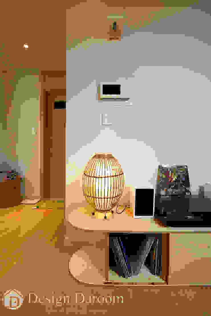 암사동 한강포스파크 25py 복도 스칸디나비아 복도, 현관 & 계단 by Design Daroom 디자인다룸 북유럽