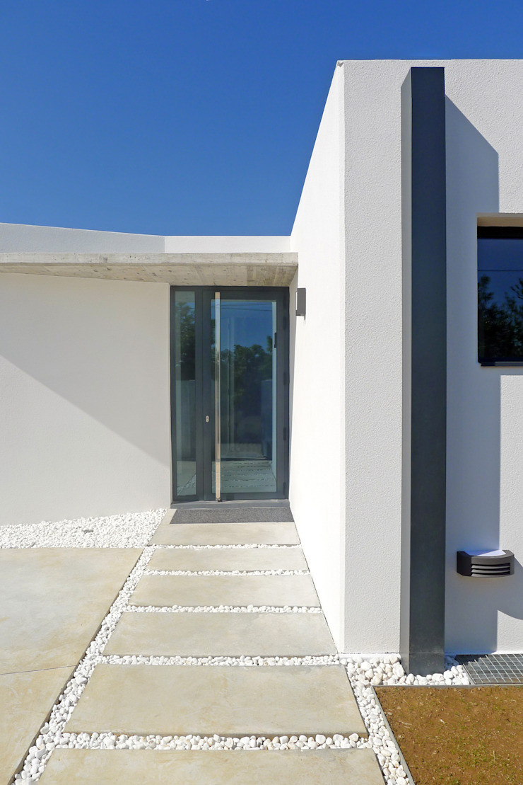 AD+ arquitectura Modern Home Wine Cellar Concrete White