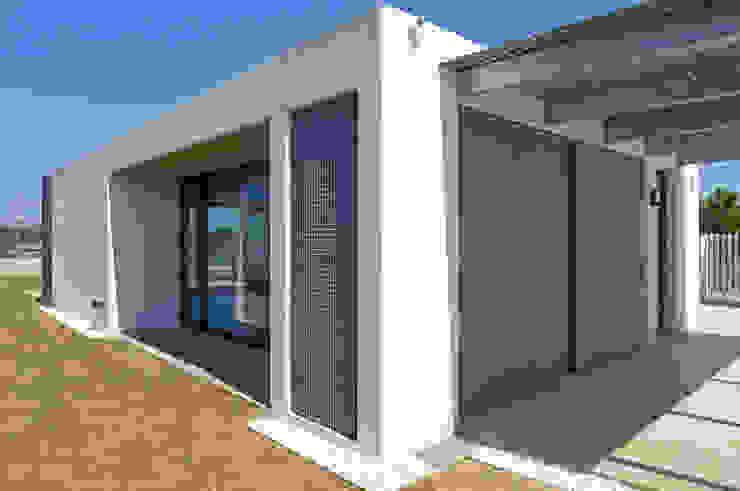 AD+ arquitectura Single family home Concrete White