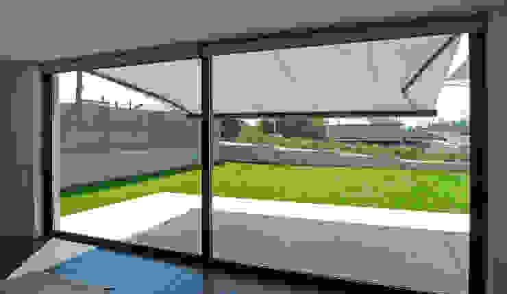 AD+ arquitectura Modern Windows and Doors Aluminium/Zinc Grey