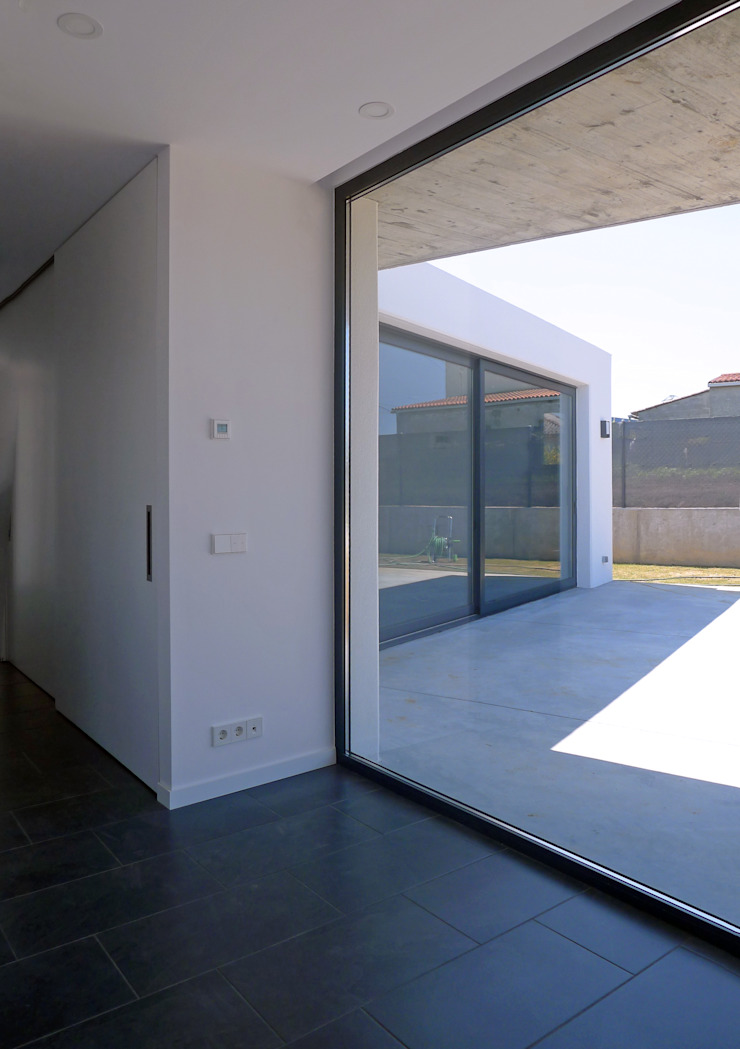 AD+ arquitectura Modern Study Room and Home Office MDF White