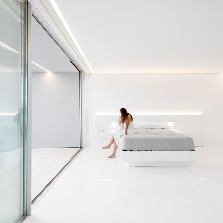 FRAN SILVESTRE ARQUITECTOS Śródziemnomorska sypialnia