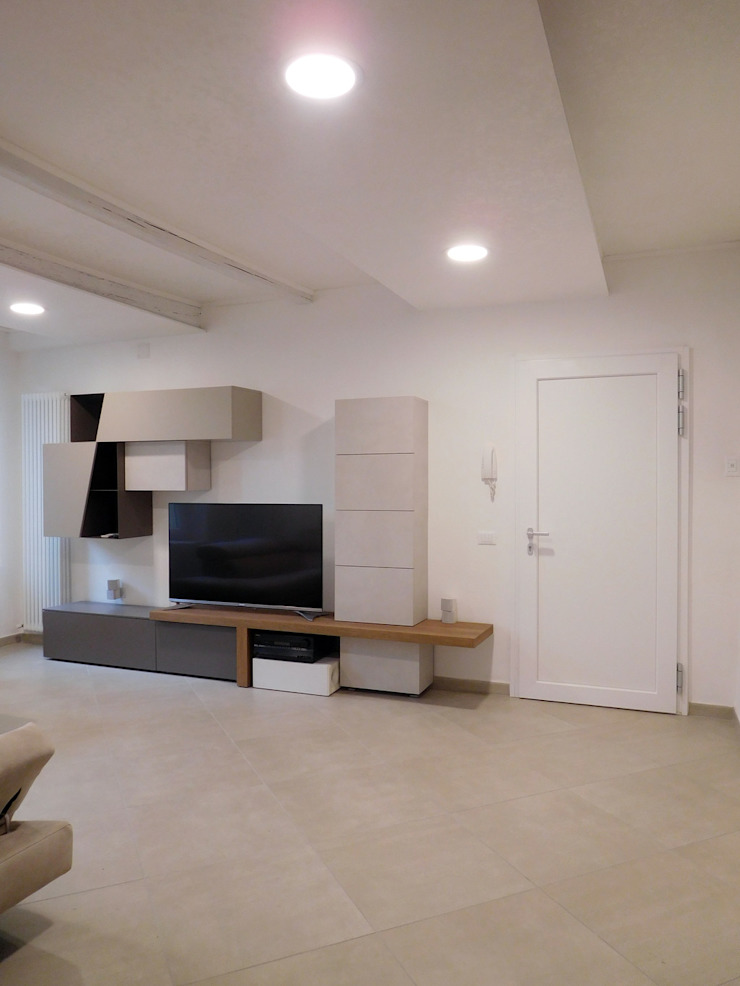 Salones de estilo minimalista de Studio di Architettura IATTONI Minimalista