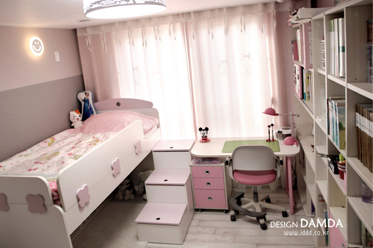 광주시 송정동 송정우림필유 32평 모던스타일 미디어 룸 by 디자인담다 모던