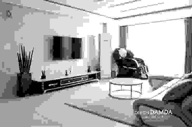 غرفة المعيشة تنفيذ 디자인담다
