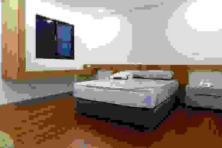 Kamar Tidur Modern Oleh houseda Modern Kayu Lapis