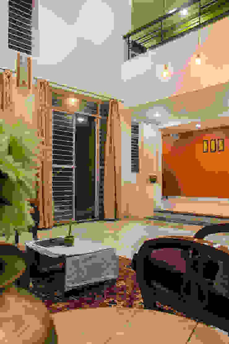 Farmhouse at Igatpuri Asian style living room by Rawat Design Studio Asian