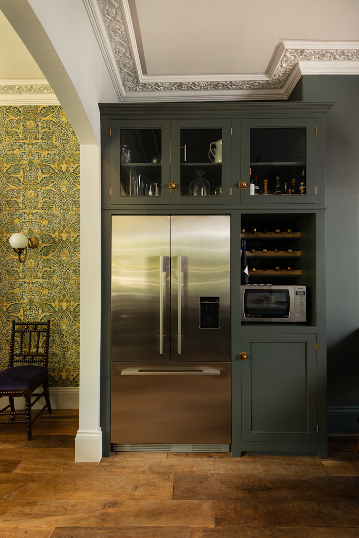 The Islington Townhouse Kitchen by deVOL by deVOL Kitchens Eclectic Solid Wood Multicolored