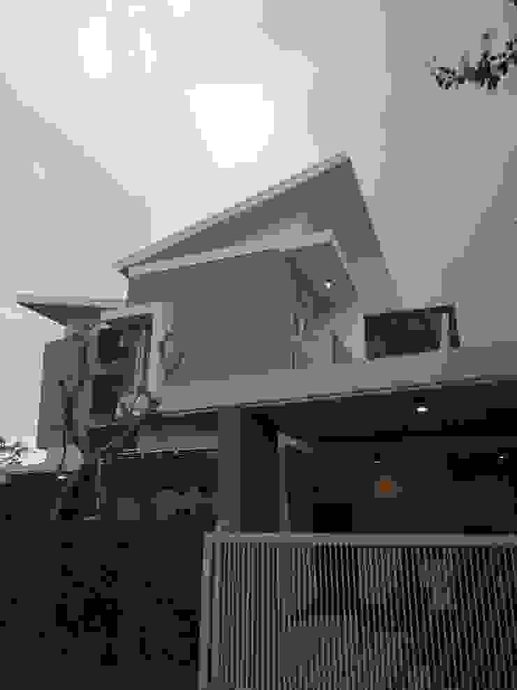 Telaga Golf House Rumah Modern Oleh IDEANUSANTARA Modern
