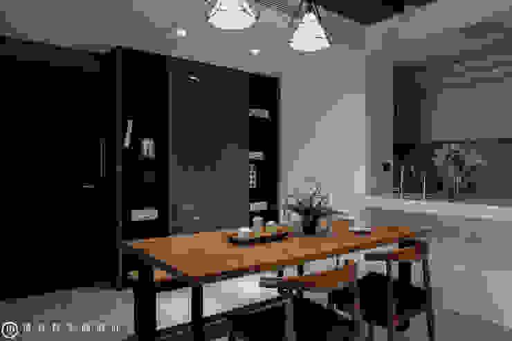 春禹建設/三十三謙-文樺靛居 根據 SING萬寶隆空間設計 現代風