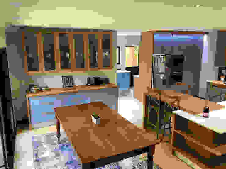 Contemporary kitchen renovation:  Kitchen units by CS DESIGN,