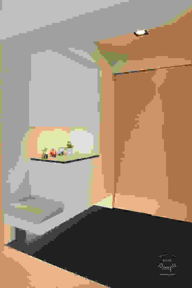 Couloir, entrée, escaliers modernes par 酒窩設計 Dimple Interior Design Moderne Bois composite