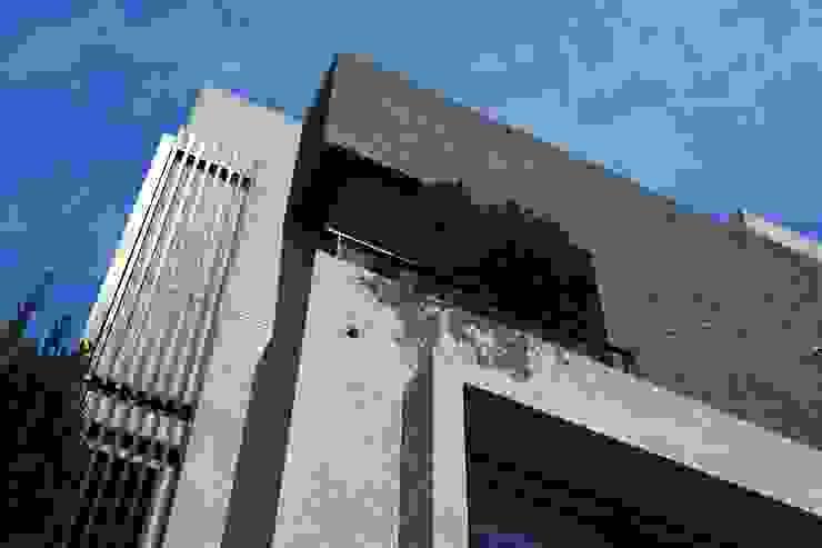 外觀整建 長安 WL House 根據 黃耀德建築師事務所 Adermark Design Studio 簡約風