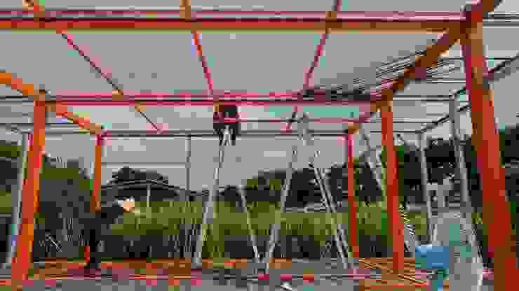 鋼構結構:堅固、耐久度佳㊝: 根據 築地岩移動宅