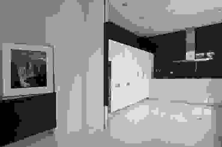 室內設計 SF House 根據 黃耀德建築師事務所 Adermark Design Studio 簡約風