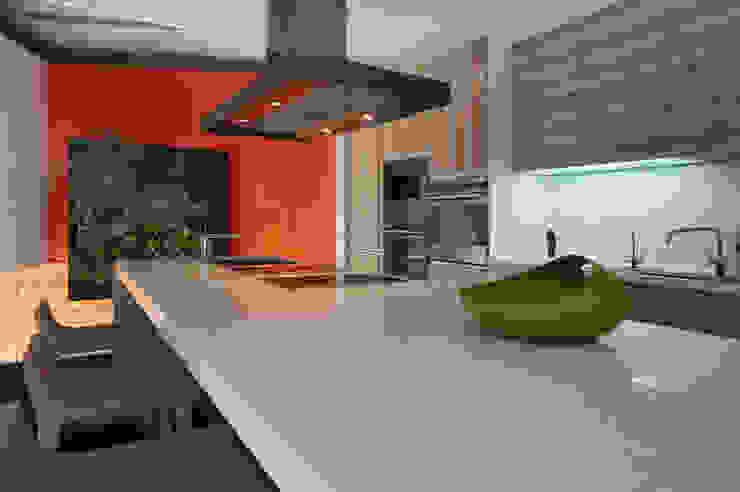 室內設計  麗爵廚具體驗館: 現代  by 黃耀德建築師事務所  Adermark Design Studio, 現代風