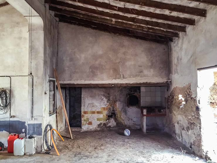 Estado previo a la rehabilitación - horno Francisco Pomares Arquitecto / Architect Casas de estilo rural