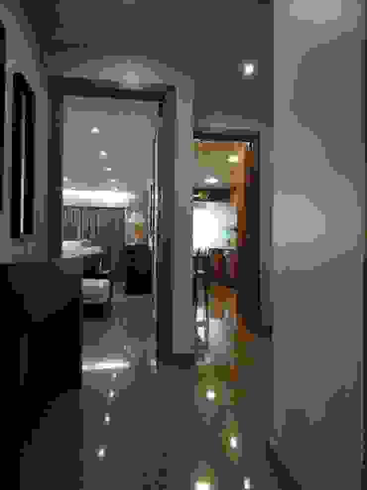 Remodelação de apartamento - Hall Corredores, halls e escadas modernos por PROJETARQ Moderno