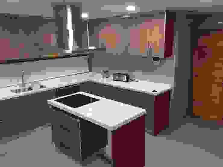 Vista Cocina Nomade Arquitectura y Construcción spa Cocinas equipadas Cerámico Beige