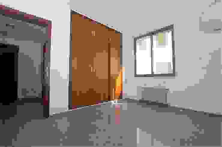 Habitación vacía de Glancing EYE - Asesoramiento y decoración en diseños 3D