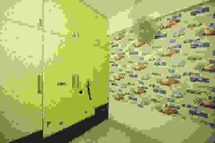 Interior:  Nursery/kid's room by Dream Touch ,Modern