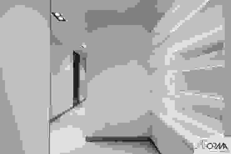 AFormA Architektura wnętrz Anna Fodemska Pasillos, vestíbulos y escaleras de estilo moderno