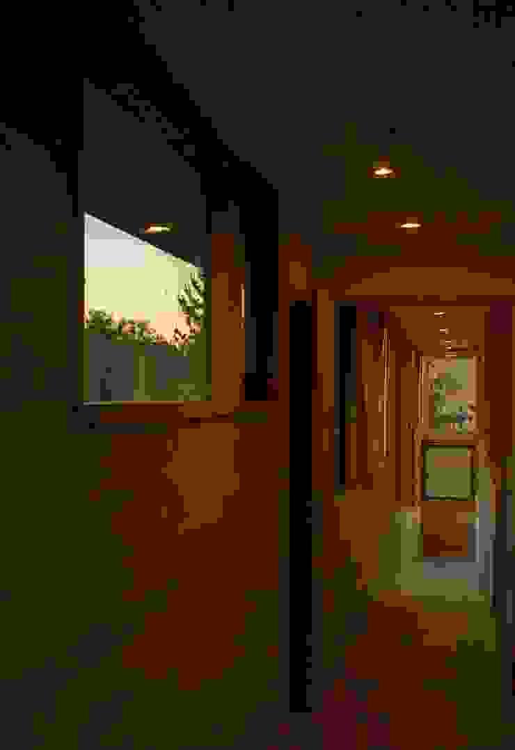 Rampa segundo piso de PhilippeGameArquitectos Moderno Madera Acabado en madera