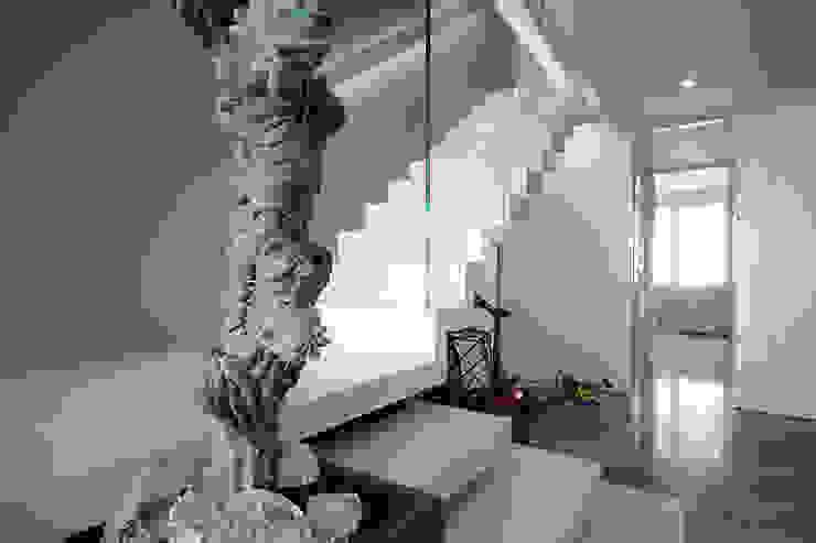 scala autoportante di studiodonizelli Moderno Marmo