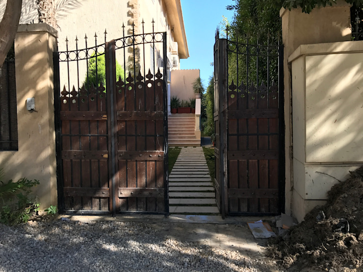Villa Dr. Madkour by Architecto Colonial Copper/Bronze/Brass