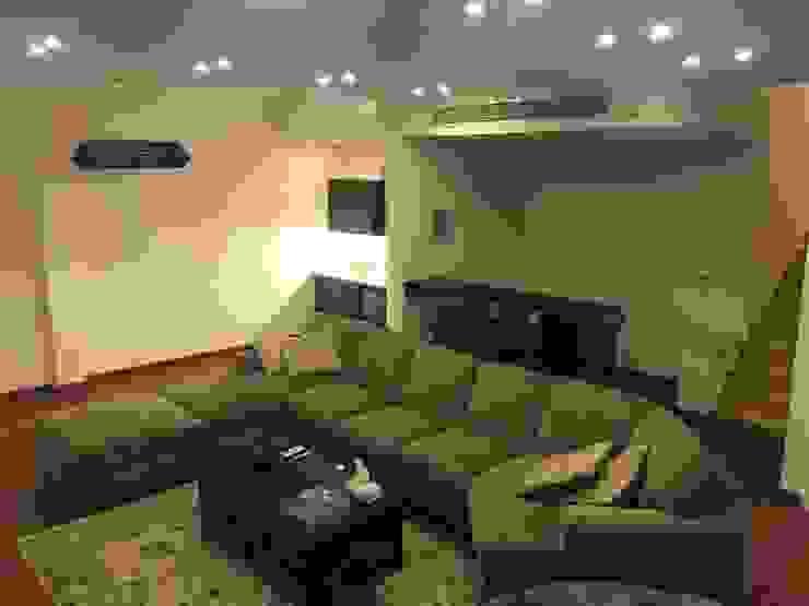 Villa Dr. Madkour Modern Living Room by Architecto Modern Limestone