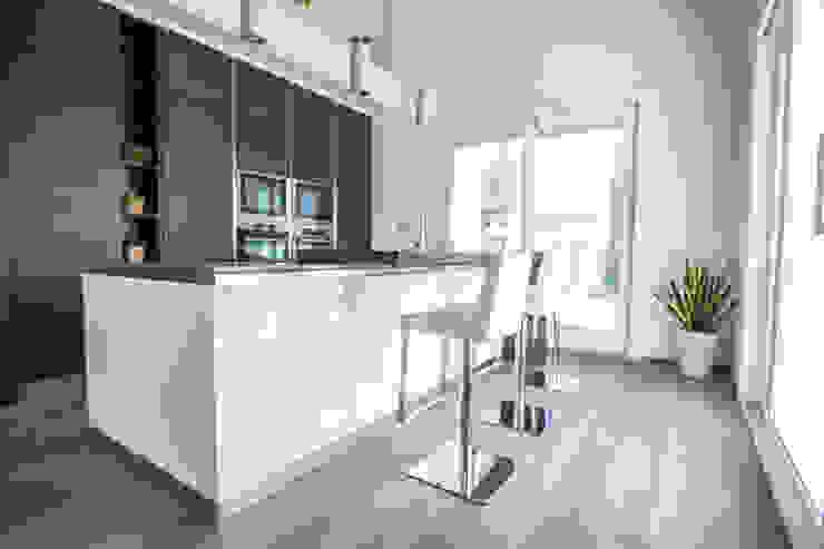 Magri Parquet 置入式廚房 Grey