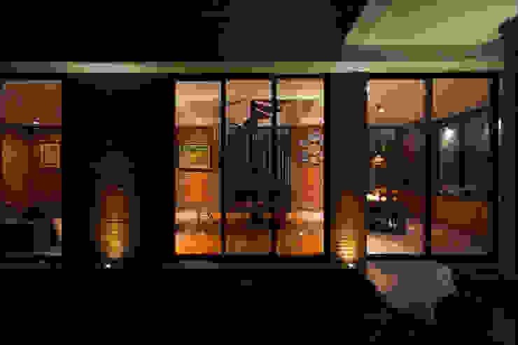 Tulodong IV WOSO Studio Rumah Modern