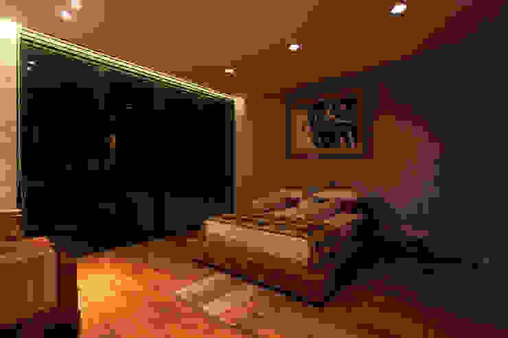 Tulodong IV WOSO Studio Kamar Tidur Modern