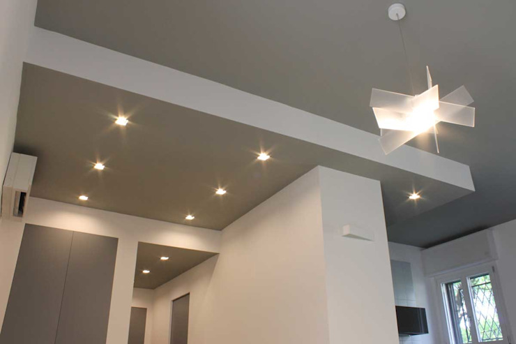 Francesco Ruffa Architetto Modern Corridor, Hallway and Staircase