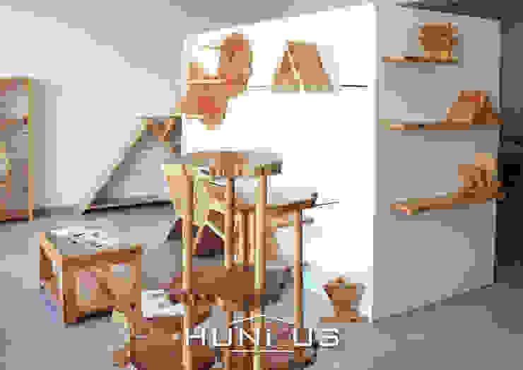 Showroom Hunikus Hunikus Sala de estarAcessórios e Decoração Madeira maciça Acabamento em madeira