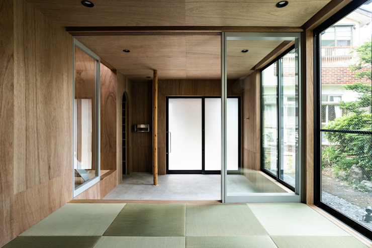 SAIWAIの家 オリジナルスタイルの 玄関&廊下&階段 の 株式会社 N&C一級建築士事務所 オリジナル