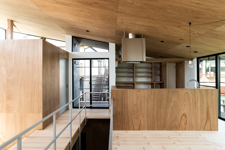 SAIWAIの家 オリジナルデザインの キッチン の 株式会社 N&C一級建築士事務所 オリジナル