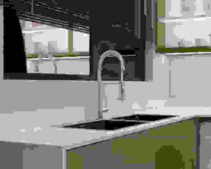 The Kitchen Sink Modern kitchen by Linken Designs Modern