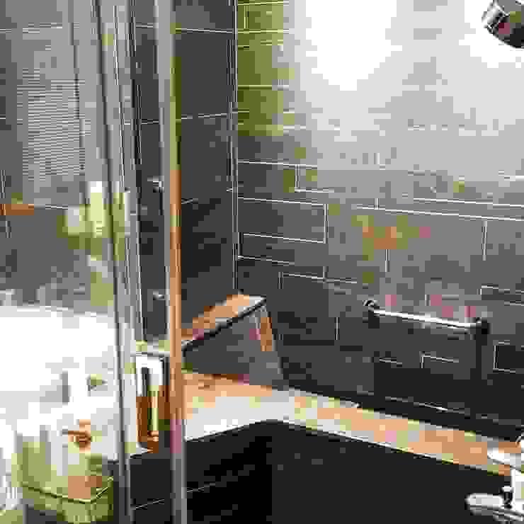 Baños modernos de 富豪室內設計 Moderno Mármol