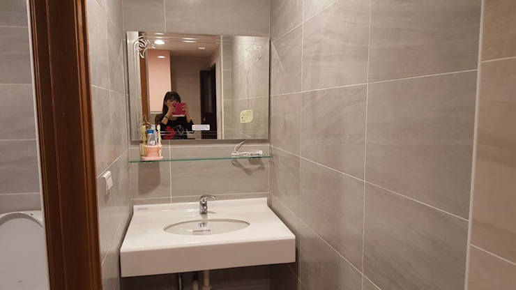 現代風。士林 現代浴室設計點子、靈感&圖片 根據 藝舍室內裝修設計工程有限公司 現代風
