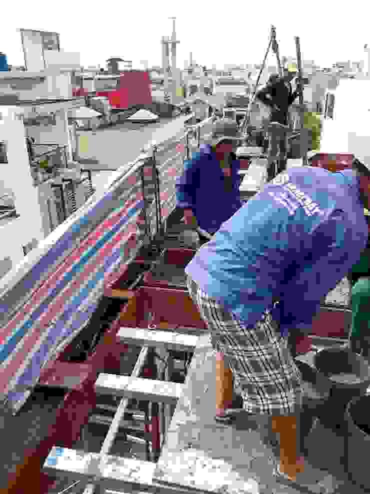 Thi công xây dựng nhà phố với mái ngói bởi Công ty Thiết Kế Xây Dựng Song Phát Châu Á