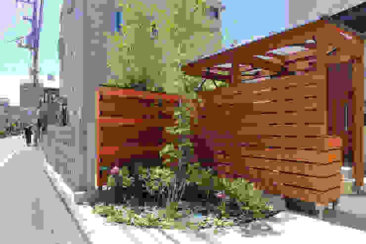 Vườn phong cách đồng quê bởi シーズ・アーキスタディオ建築設計室 Đồng quê