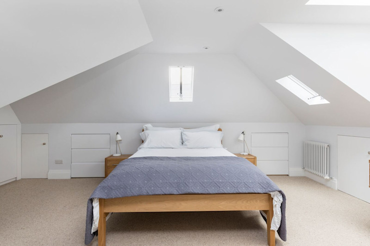 Loft Bedroom من Resi Architects in London حداثي
