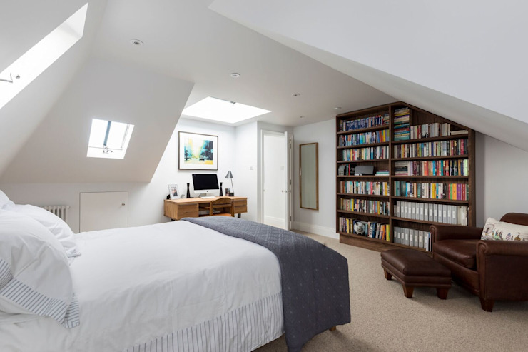 Bedroom:  Bedroom by Resi Architects in London,