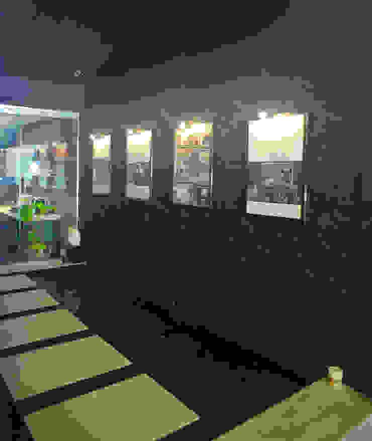 Industrial Modern Contemporary: modern  by Singapore Carpentry Interior Design Pte Ltd,Modern