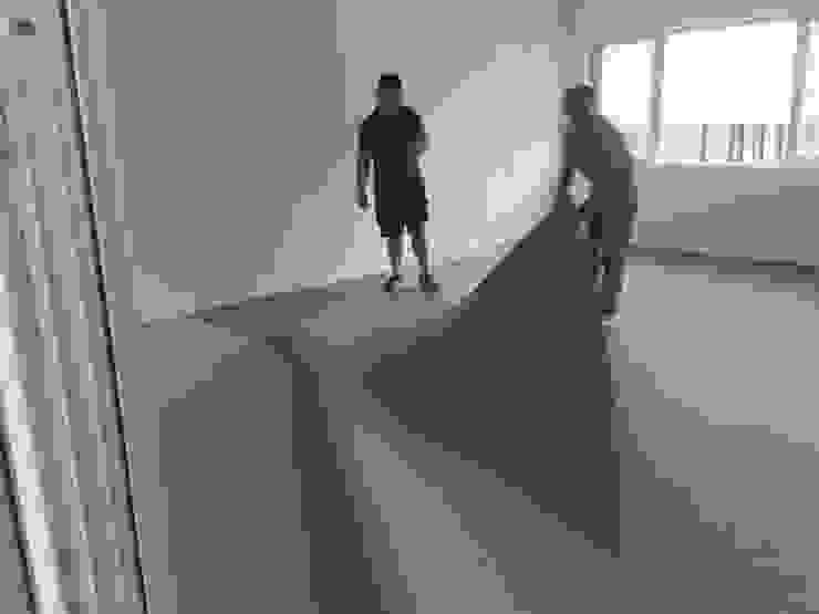 Sàn hữu cơ Marmoleum cho phòng học tại Trường Giao Thông Vận tải Phòng giải trí phong cách hiện đại bởi Công Ty TNHH Thiết Bị Bảo Kim Hiện đại