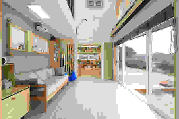 아토피 낫게한 홍성 우리집 모던스타일 거실 by 주택설계전문 디자인그룹 홈스타일토토 모던 우드 우드 그레인