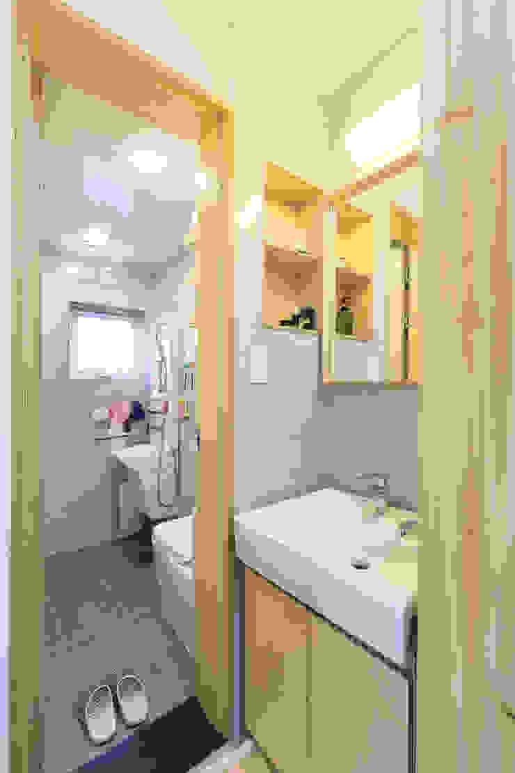 아토피 낫게한 홍성 우리집 모던스타일 욕실 by 주택설계전문 디자인그룹 홈스타일토토 모던 우드 우드 그레인