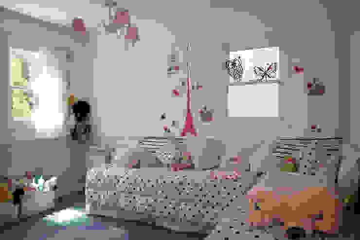 Casa en La Lucila Dormitorios infantiles clásicos de 2424 ARQUITECTURA Clásico
